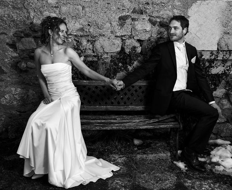 le-photographe-capture-les-maries-qui-se-regardent-dans-les-yeux