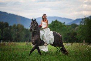 mariée à cheval prestige