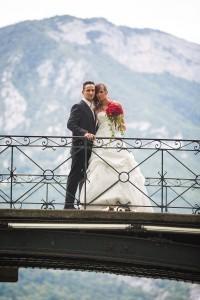 photo de couple sur le lac d'annecy