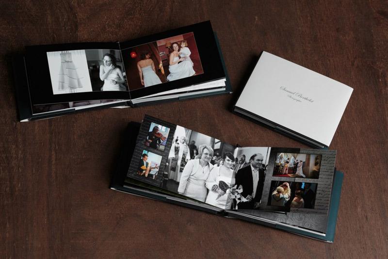 le photographe propose un petit livre de mariage