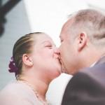 le bisou des futurs mariés