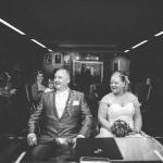 les mariés devant le maire
