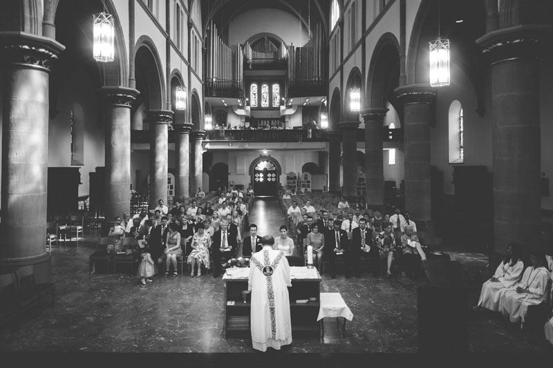 le curé célèbre le mariage à bettembourg