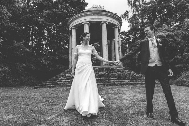 les mariés au grand angle du photographe