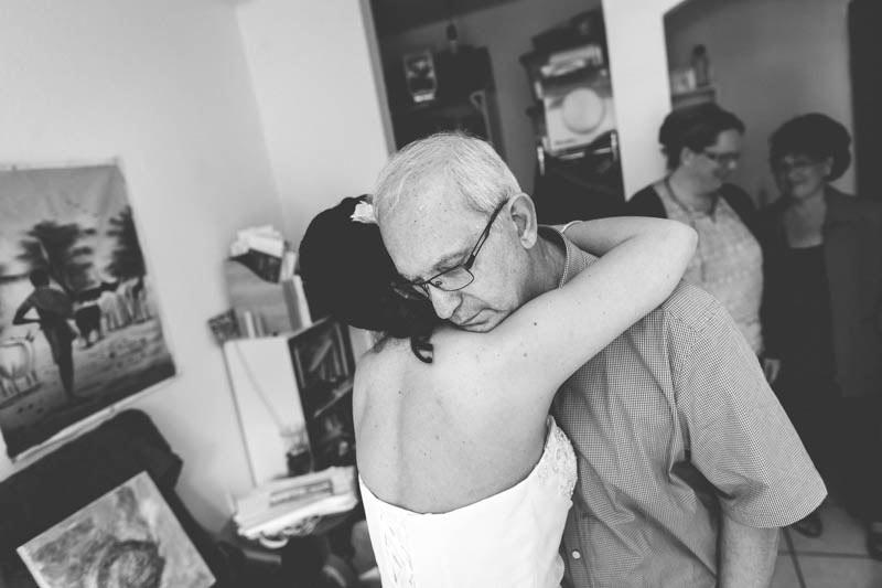 moment de vie entre la mariée et son papa