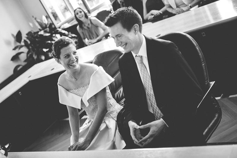 rire des mariés pendant la cérémonie civile à bettembourg