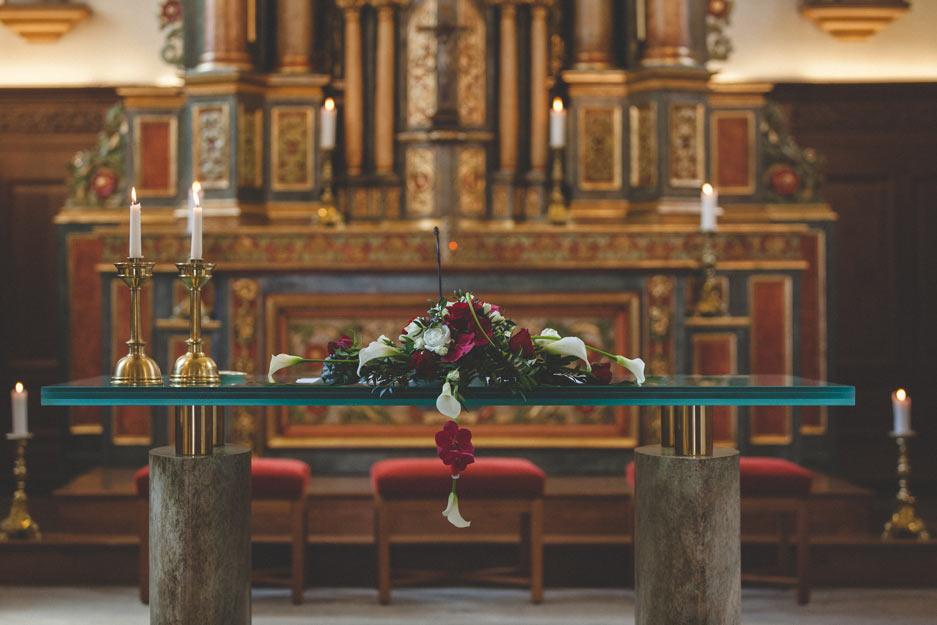 autel de l'église à alzingen