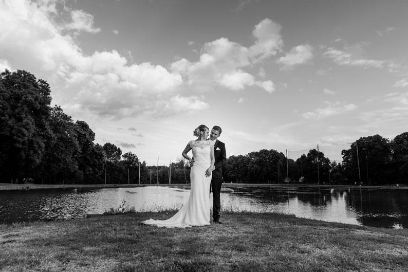 portrait des mariés au Domaine de la Grange aux Ormes de Marly