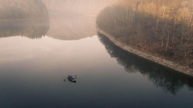 superbe photo de paysage lorrs d'une séance fiançailles