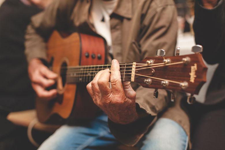 41 ambiance musicale à la guitare acoustique