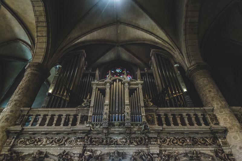 organ inside luxembourg church