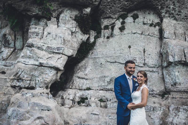 48 les mariés posent au chateau de bourlingster