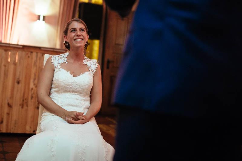 61 la mariée émue par le discours