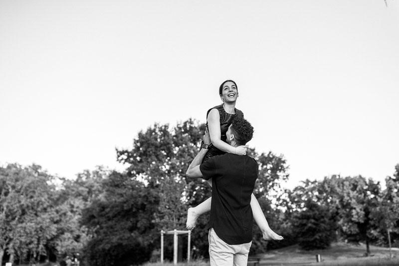moment de joie dans un couple