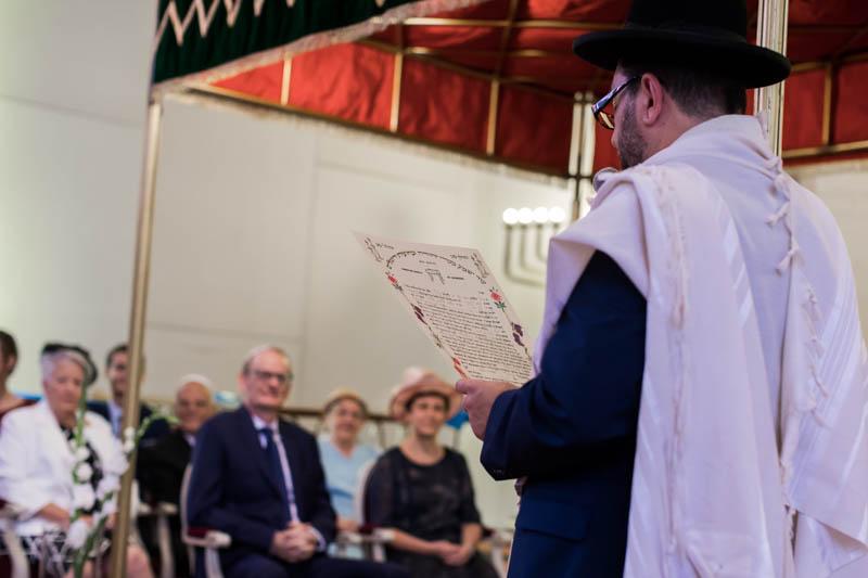 discours du rabin devant l'audience