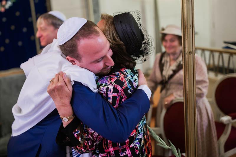 émotion lors d'un mariage juif