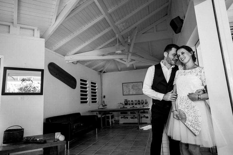 les mariés avant leur cérémonie de mariage
