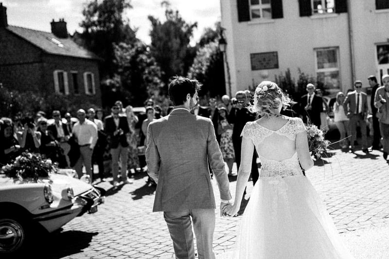 les mariés devant la mairie de Seraincourt