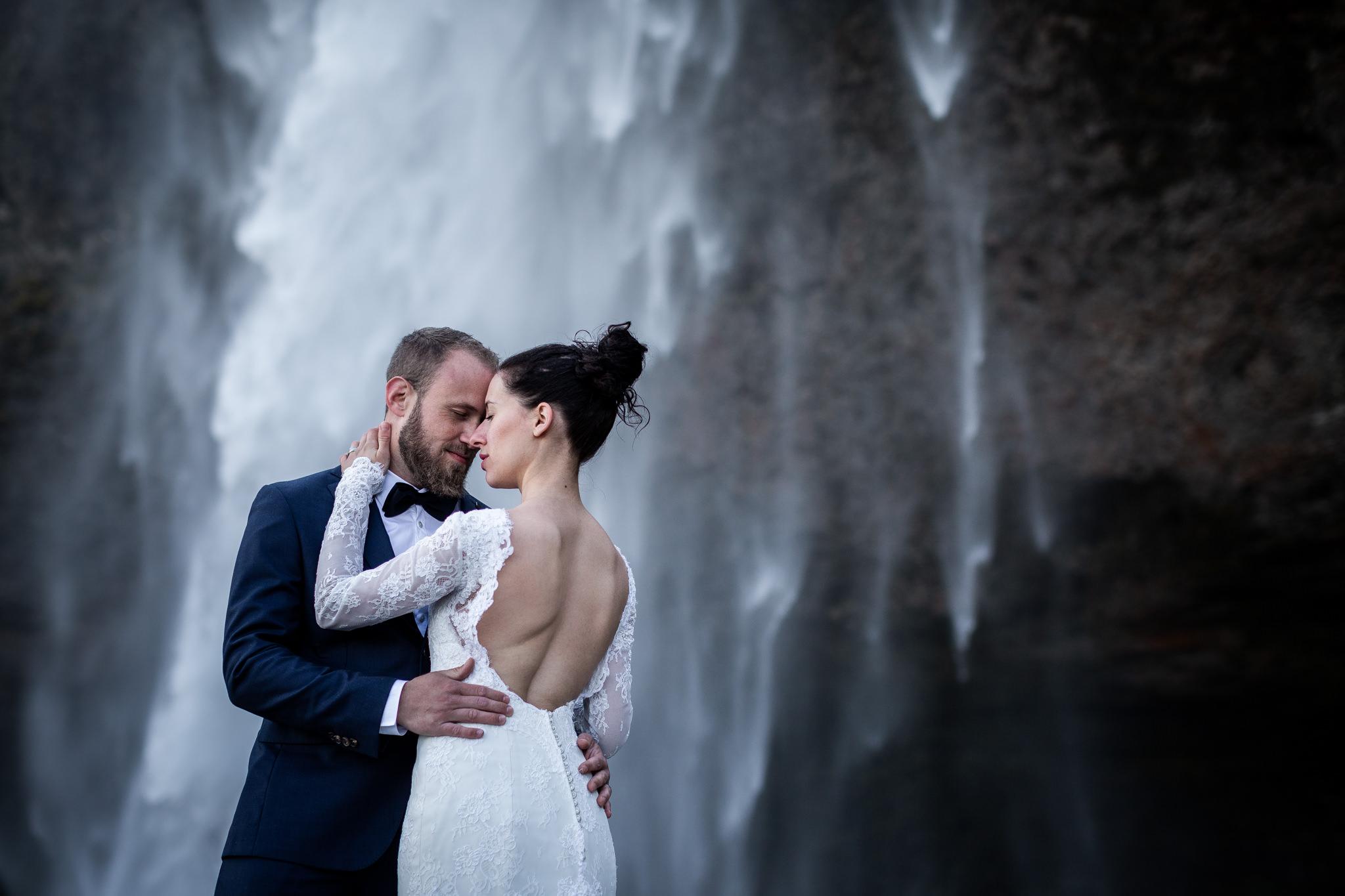 la séance après mariage en islande