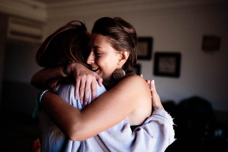 18 scène émotion pendant les préparatifs du mariage