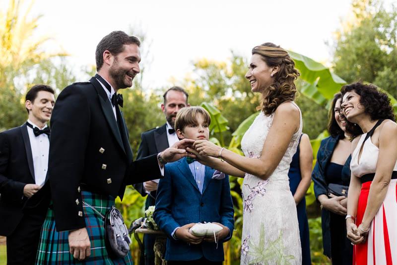 48 les mariés pendant la cérémonie laique
