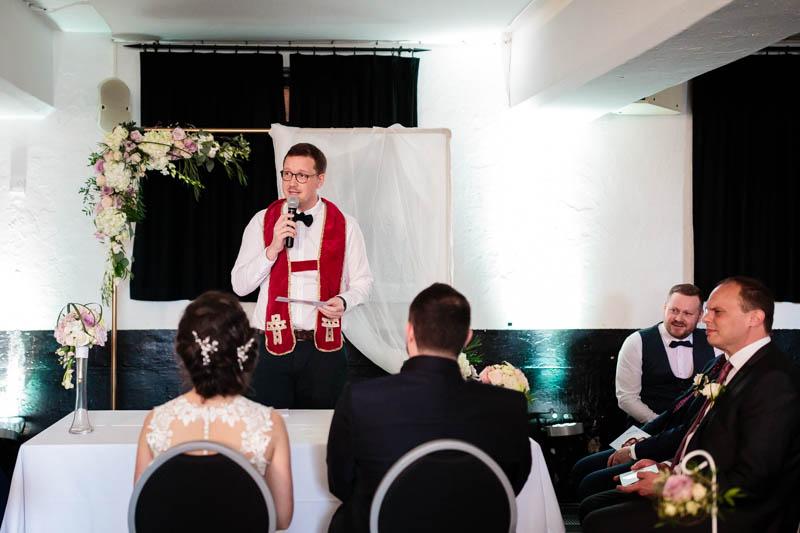 cérémonie symbolique de mariage